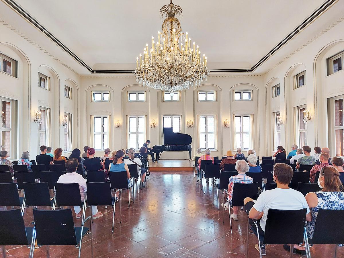 Klangpause: Kurzkonzerte in der Alten Börse ab 9. September 2021 immer donnerstags