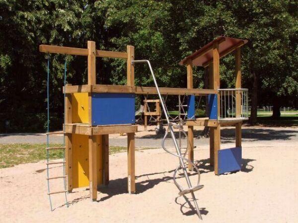 Klettergerüst Russisch : Klettergerüst mit halbmond neuer kinderspielplatz schlägt wellen