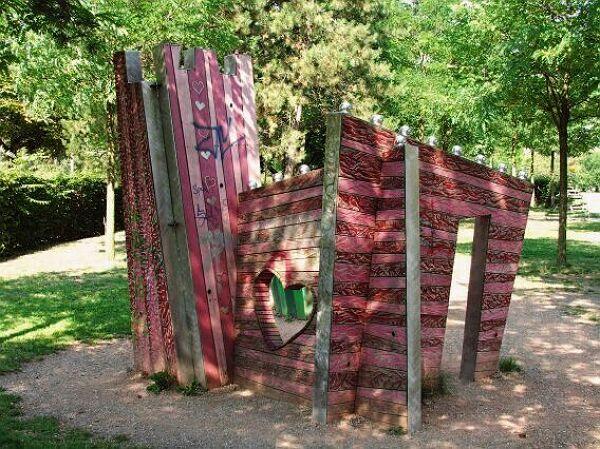spielplatz lene voigt park m rchenplatz stadt leipzig. Black Bedroom Furniture Sets. Home Design Ideas