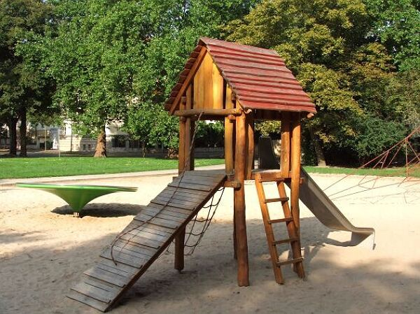 spielplatz thiemstra e stadt leipzig. Black Bedroom Furniture Sets. Home Design Ideas